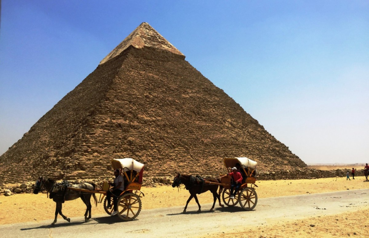 The Great Gigantic Pyramids of Giza,Egypt